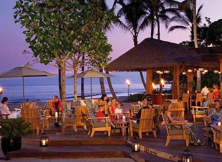 9 Best Beach Bars in North America